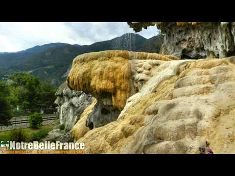 La Fontaine pétrifiante de Réotier (HD, Notrebellefrance.com)