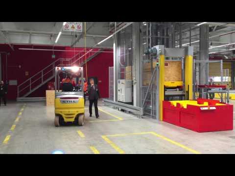 DHL Leipzig hub   Automatic Pallet System