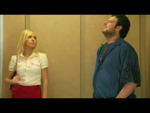 Vietinfo - Clip hài - Chuyện khó thanh minh trong thang máy