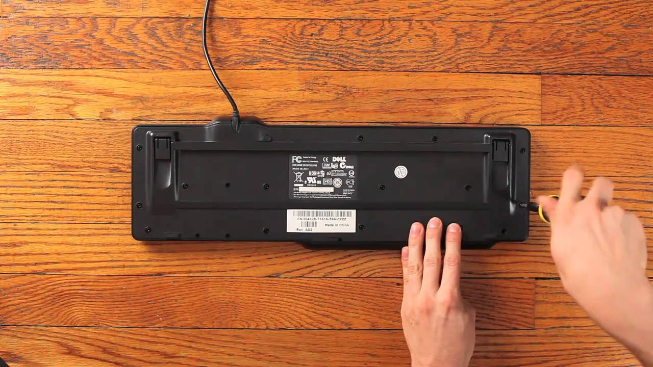DIY Friday: How to Make a USB Foot Pedal For Third-Hand