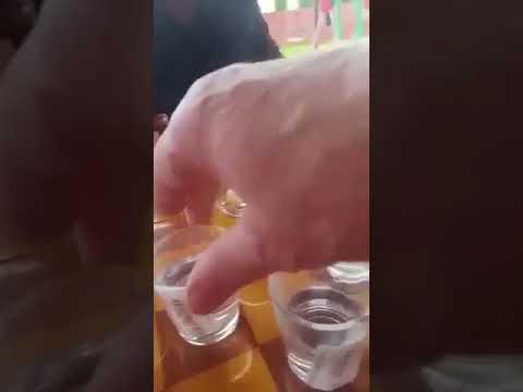 Игра в шашки алкоголем