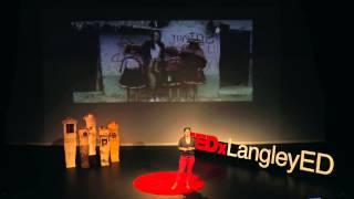 Baixar The creativity of chaos | Ashli Akins | TEDxLangleyED