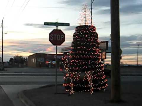 Tire Christmas Tree - Alamogordo - YouTube