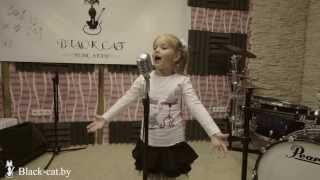 """Женька, ученица студии """"Black CaT"""", обучение вокалу в Минске, уроки вокала в Минске."""
