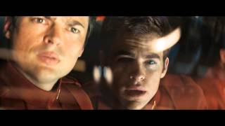 Star Trek (2009) - Arriving at Space Dock