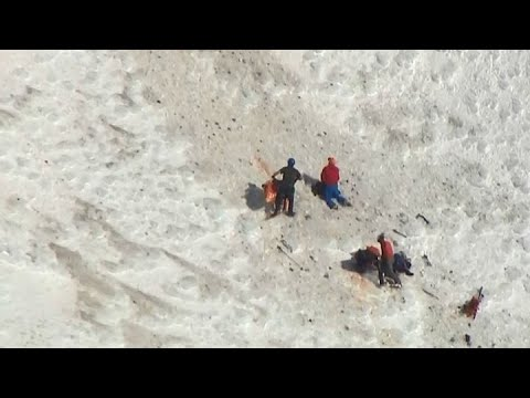 MT. HOOD RESCUE: Dramatic helicopter video of rescue of seven stranded climbers on Mt. Hood