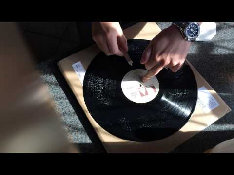 The best way to clean vinyl records