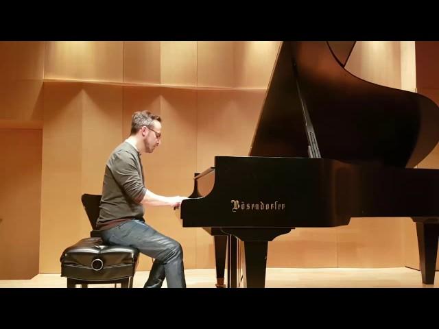 Jerome joue Nils Frahm  | Studio de piano Tristan Lauber