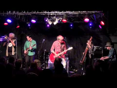 ''TRAVELIN' SHOES'' - ELVIN BISHOP BAND,  Sept 6, 2013  Live At Callahan's