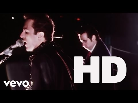 The Clash - London Calling (Official HD Video)