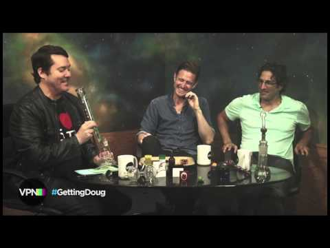 How To Clean Your Bowl or Pipe With Wil Anderson & Gary Gulman - Clean Your Ash Hole®