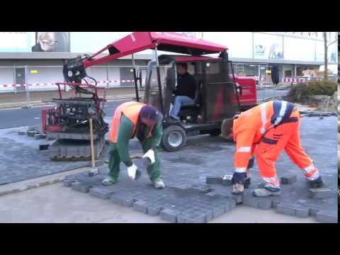 Masina automata pentru montat pavaje  Germania