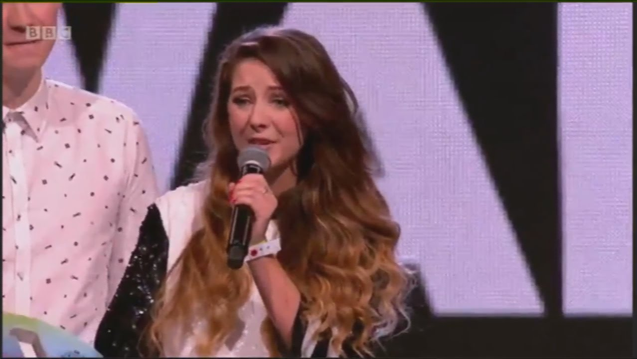 ... Teen Awards 2014 - Zoella Wins (Best British Vlogger) - YouTube