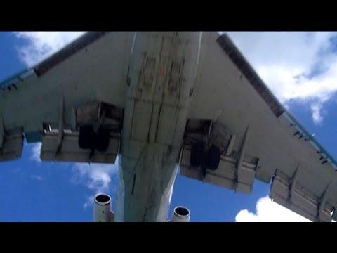 AmeriJet Boeing 727-200F Landing at SXM with Slow Motion Replay!