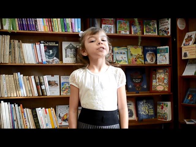 Изображение предпросмотра прочтения – ЕкатеринаВолкова читает произведение «Блокада» Н.Радченко