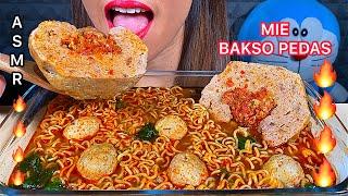 MAKAN INDOMIE BAKSO PEDAS *EATING SPICY MEATBALL NOODLES ASMR Sounds