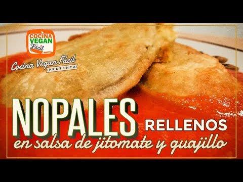 Nopales rellenos en salsa de jitomate y guajillo - Cocina Vegan Fácil