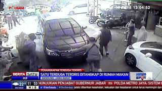 Download Video Densus 88 Tangkap Terduga Teroris di Restoran Kawasan Lembang MP3 3GP MP4