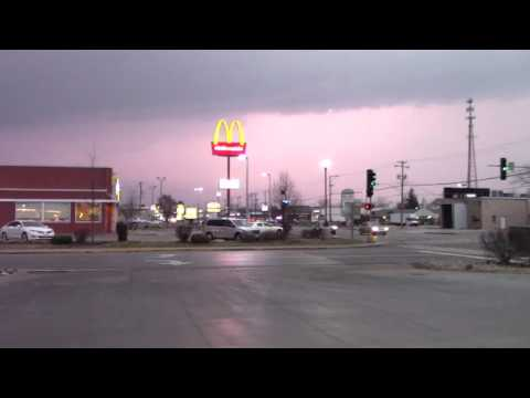Grundy County Tornado Warning with Sirens 2/28/2017
