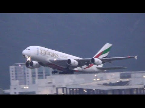 Hong Kong Airport Plane Spotting. Takeoffs and Landings in the Sunset