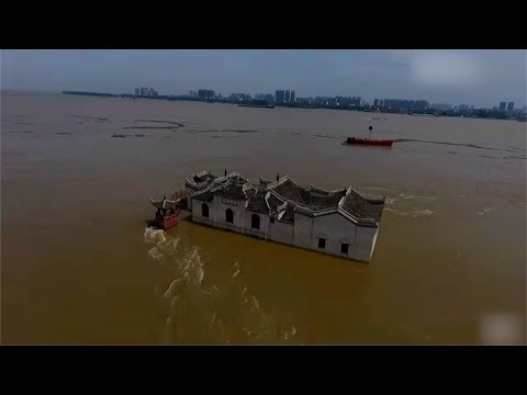 700-year-old structure survives Yangtze River flood