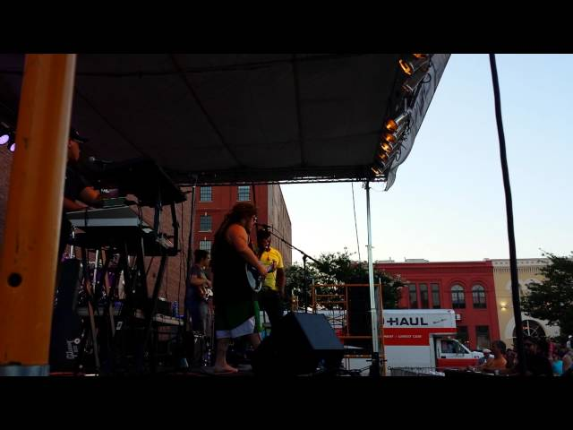 Come With Me (Live at Bricktown Reggae Fest) - Anthony Jade and DFDub