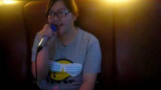 在KTV唱著海芋戀