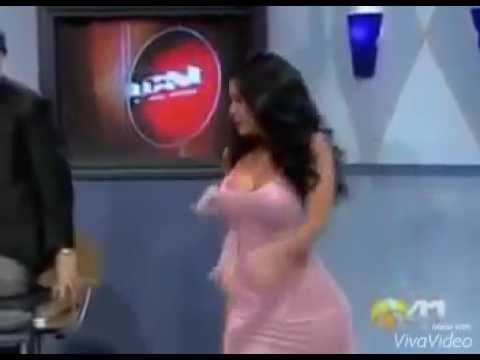 Benjamin - Enisa - Izabela / Novi ljubavni trougao na pomolu - Parovi - (TV Happy 27.08.2018) from YouTube · Duration:  1 minutes 12 seconds