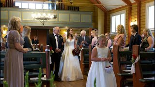 Bride surprises with singing in the church on her wedding day!