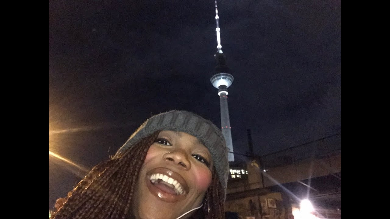 Black Girl World Traveller: Christmas Travels: Day 1,  Berlin, Germany