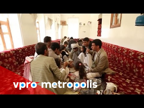 Forced to live at home in Yemen - vpro Metropolis