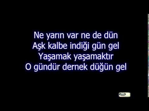 Mustafa Ceceli - İlle De Aşk lyrics (şarkı sözleri)
