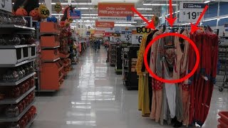CLOWN IN WALMART!!!