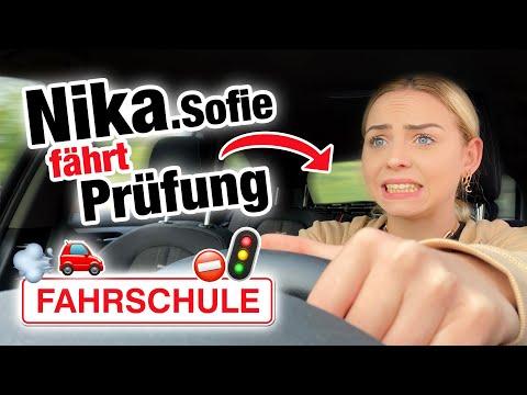 Praktische Führerscheinprüfung mit Nika Sofie *OMG* 😱 | Fischer Academy
