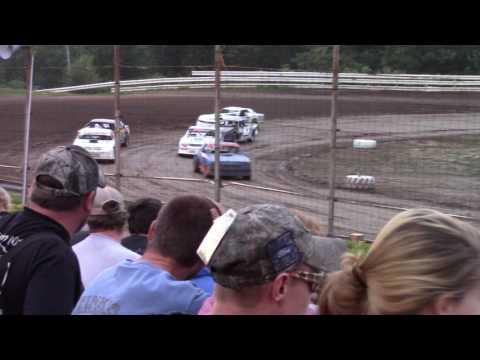 Hummingbird Speedway (7-15-17): Sunny 106.5 FM Pure Stock Heat Race #2