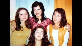 Juventus együttes & Mikrolied énekegyüttes - NEM BAJ (1977)