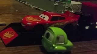 Disney Pixar Cars 3 Lightning McQueen w/ 2018 Launcher Review