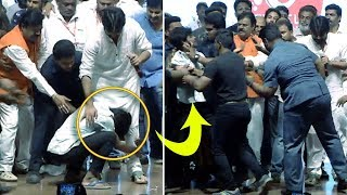 Fan Emotional Touch Pawan Kalyan Feet | #PawanKalyan | #ChiruBirthdayCelebrations | Filmy Looks