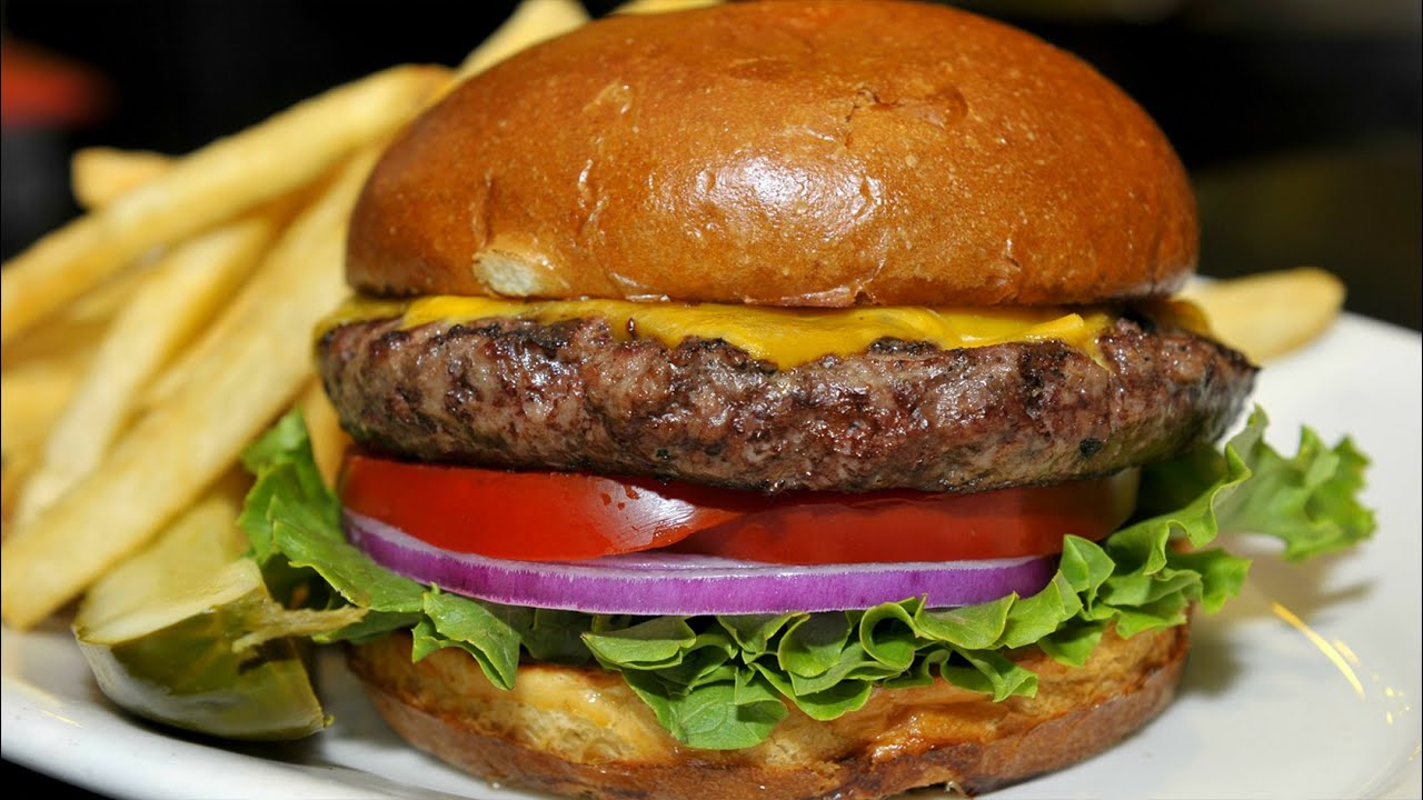 how to make the perfect cheeseburger How to make hamburger patties these deliciously easy burgers from susan harju of sioux falls, south dakota, get a big thumbs-up from our test kitchen here at taste of home hq why because they start with the perfect hamburger patty follow these steps to make the best beef patties you'll ever taste.