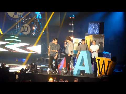 Teen Awards 2012 - One Direction What Makes You Beautiful