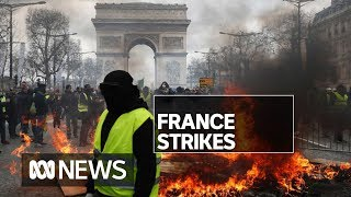 Paris strikes biggest in decades as workers walk out | ABC News