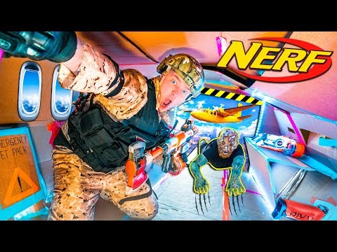 Box Fort ZOMBIES Nerf War Z - ZOMBIES On A PLANE ESCAPE! (Papa Jake)