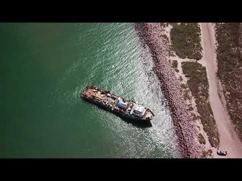 Gulf Justice  supply vessel runs aground Port Manfield Jetties
