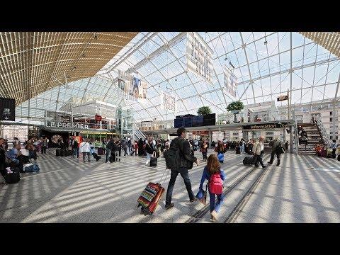 Paris Lyon Station Hall 2