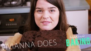 SUPER GOOEY CHOCOLATE BROWNIES - VIVIANNA DOES BAKING