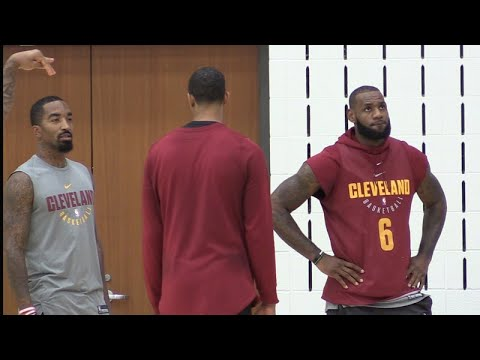 Dwyane Wade says Cavs ready with or without LeBron James