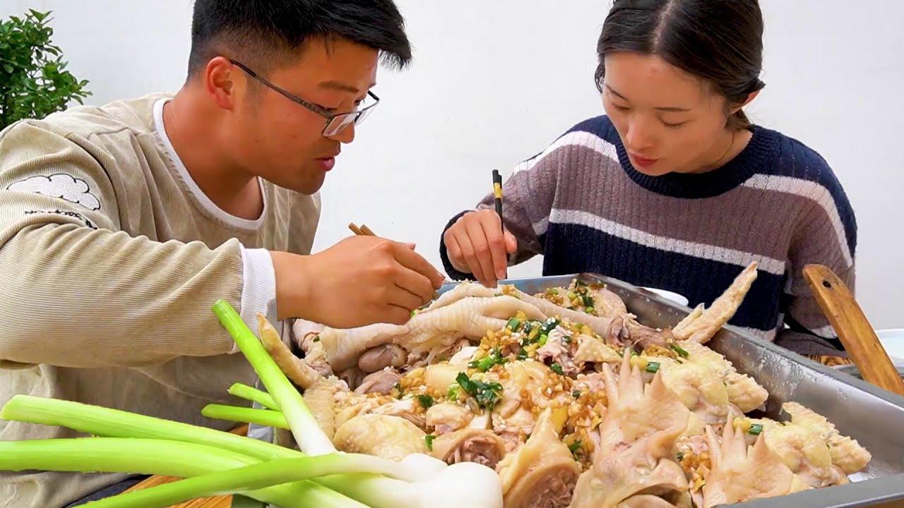 5斤蒜蓉葱油鸡一锅饭,大sao创新一道新凉菜,夏天这样吃鸡真馋人!【徐大sao】