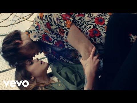 Cœur de pirate - Dans la nuit(feat. Loud) [vidéoclip officiel]