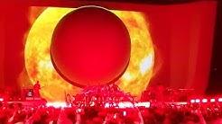 Ariana Grande - Raindrops/God Is A Woman (Sweetener World Tour Zurich)