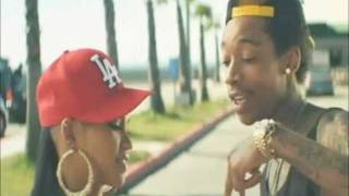 Repeat youtube video Wiz Khalifa - Roll Up (Official Video w/ Lyrics)